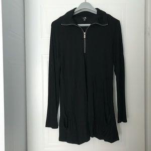 Cable & Gauge long sleeve zipper black top